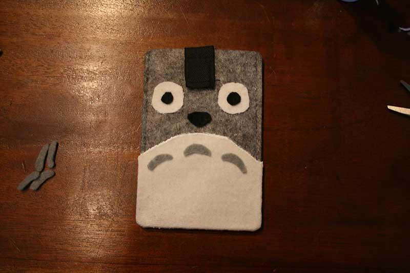 Totoro-hoesje-gelijmd